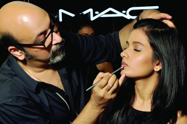 Mickey Contractor Perfect Indian Bridal Look
